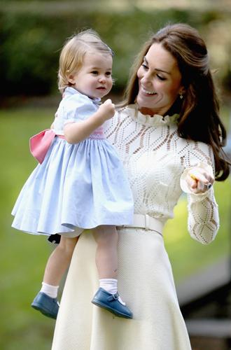 Фото №32 - Самые трогательные моменты из жизни герцогини Кембриджской в 2016 году