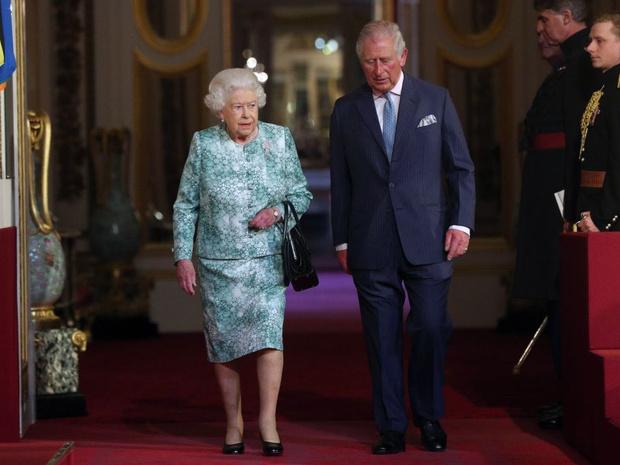 Фото №3 - 200-летняя традиция, которую нарушит принц Чарльз, когда станет королем