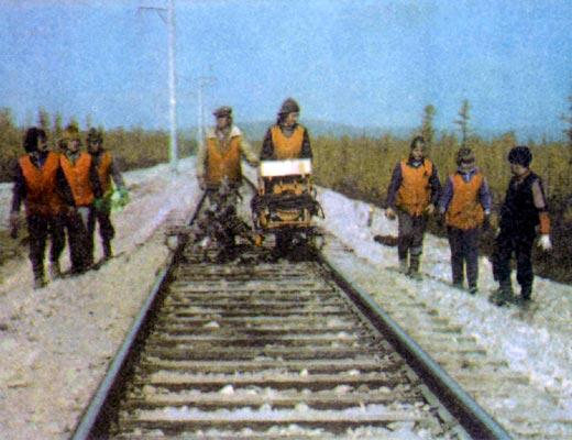 Фото №1 - Первые поезда