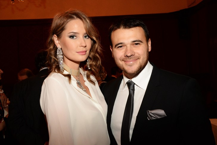 Эмин Агаларов обручился спустя четыре месяца после развода