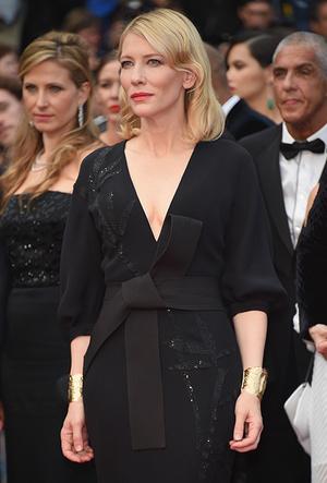Фото №57 - Королева Канн: Кейт Бланшетт и ее модные образы за всю историю кинофестиваля