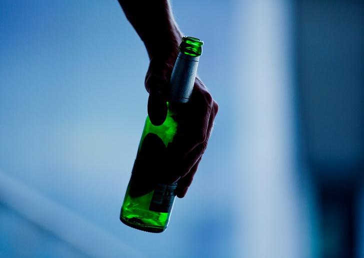 Фото №1 - Как алкоголь влияет на настроение и самовосприятие