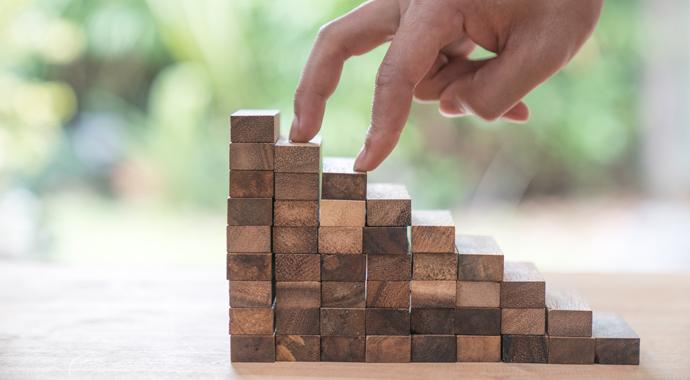 Как повысить уровень жизни: техника маленьких шагов