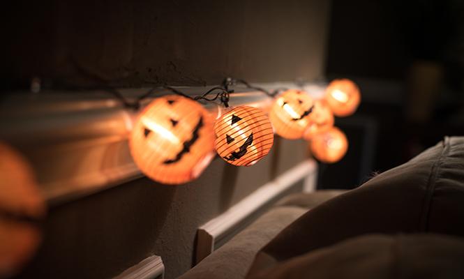 Фото №7 - Отмечаем Хэллоуин: как быстро украсить помещение своими руками
