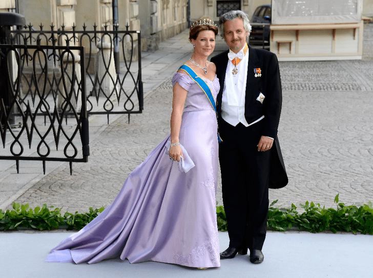 Фото №1 - Высокие отношения: принцесса Марта Луиза проведет Рождество с бывшим мужем и бойфрендом