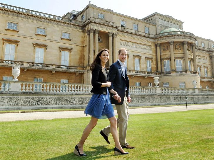 Фото №4 - Особое приданое: чем Кейт отличалась от других королевских невест