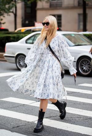Фото №2 - Как носить цветочный принт: 6 модных идей на каждый день