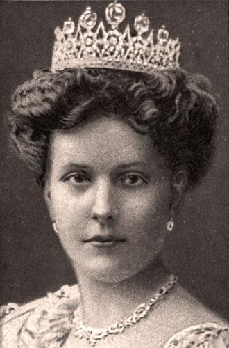 Фото №3 - Секреты помолвочного кольца Королевы Елизаветы
