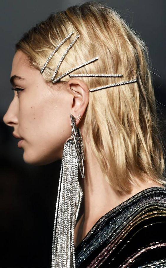 Фото №8 - Соберите волосы: 10 простых причесок для жары