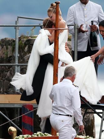 Фото №3 - Прекрасная Беатриче: какой была свадьба самой стильной принцессы Европы
