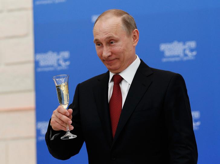Фото №4 - Редко, но метко: 9 остроумных высказываний Владимира Путина о своей личной жизни