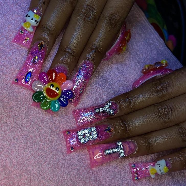 Фото №4 - Duck nails: забавный маникюр в форме утиных лапок для самых смелых