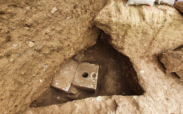 Фото №1 - В Иерусалиме обнаружили неожиданный предмет роскоши