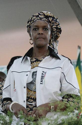 Фото №4 - Из первой леди в изгои: как Грейс Мугабе стала врагом своего народа