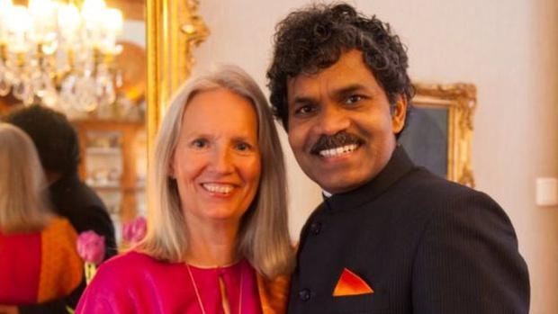 Фото №2 - Парень проехал от Индии до Швеции на велосипеде, чтобы встретиться с любимой