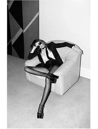 Фото №2 - Модель из рекламы Saint Laurent признали слишком худой