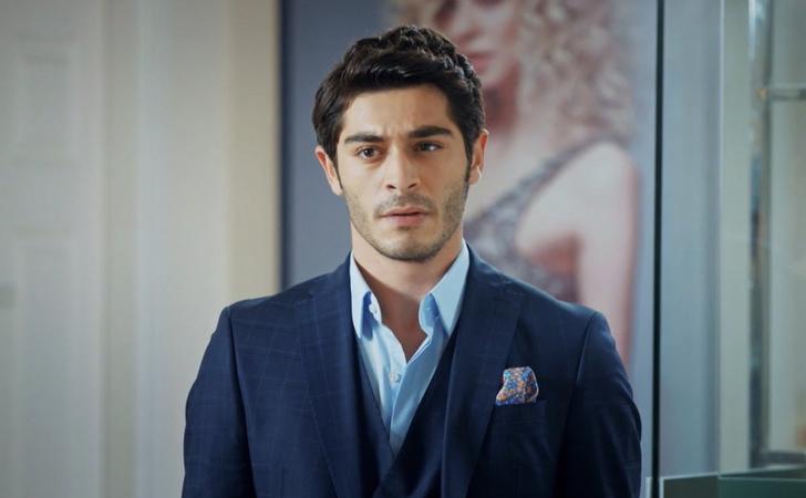 Фото №3 - Осторожно, горячо: самые сексуальные красавчики из турецких сериалов 🔥