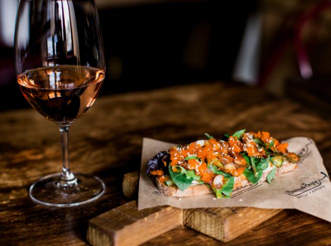 Фото №3 - Три идеальных рецепта блюд к розовому вину