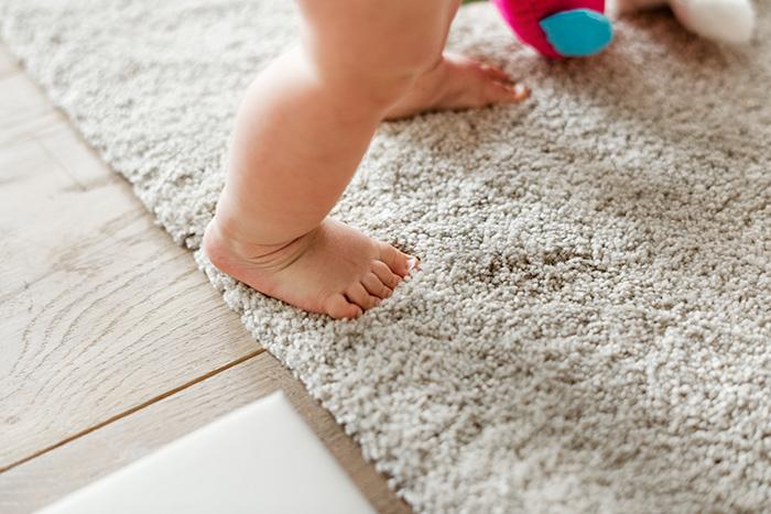 Фото №3 - Развитие ребенка: учим малыша ползать и ходить