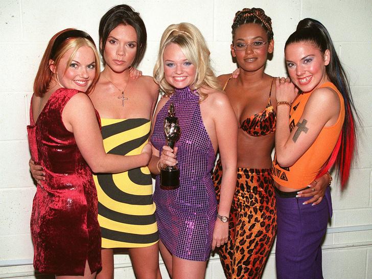 Фото №1 - Латекс, платформы и блестки: как Spice Girls навсегда изменили моду