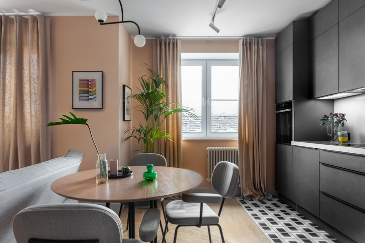 Фото №1 - Пудра и эвкалипт: квартира в Москве 69 м²