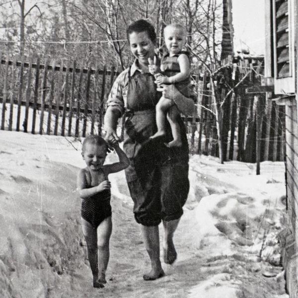 Фото №6 - Тепляковы по-советски: как эксперимент семьи Никитиных, воспитывавших людей будущего, не сделал из детей гениев
