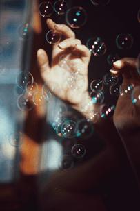Фото №8 - Тест: Лопни мыльный пузырь, и мы опишем твое будущее в эмодзи