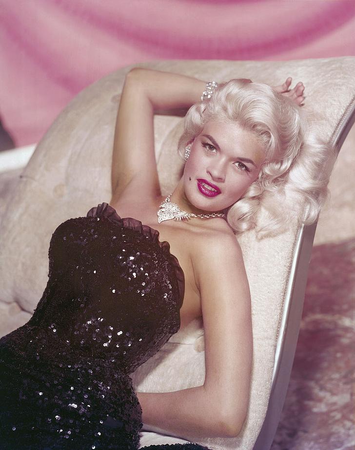 Фото №2 - Не только Мэрилин Монро: еще шесть шикарных блондинок 1950-х