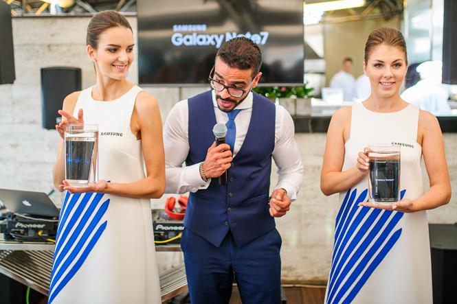 Фото №5 - Открытие нового бутика Samsung в ЦУМе: сила света и воды