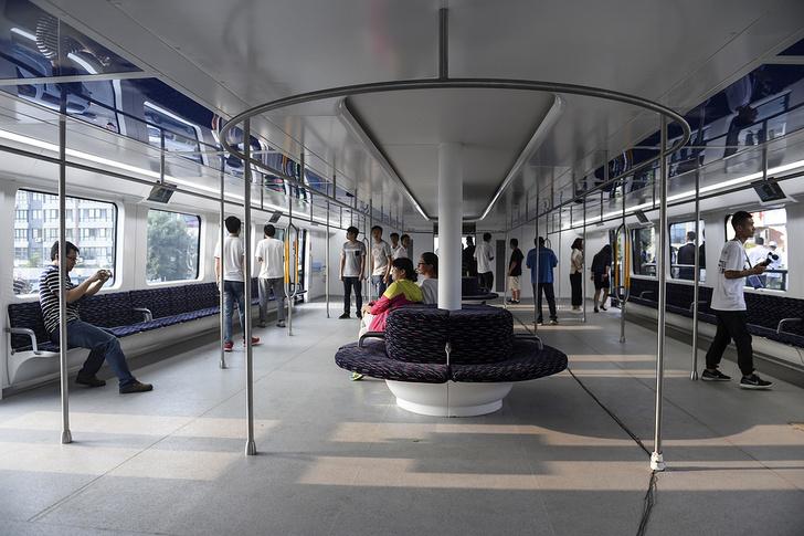 Фото №2 - В Китае начали тестировать «автобус будущего»