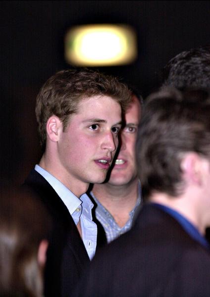 Фото №5 - Кейт Миддлтон и принц Уильям отмечают юбилей семейной жизни: как развивался роман самой обсуждаемой пары