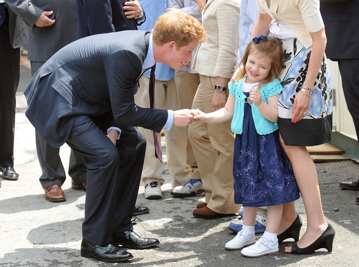 Фото №20 - 25 фотодоказательств, что принц Гарри будет отличным отцом