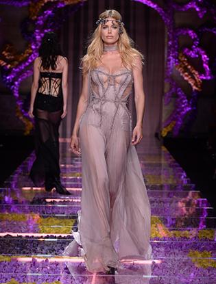 Фото №54 - Неделя Высокой Моды в Париже: Atelier Versace FW2015/16