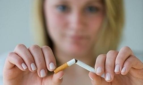 Фото №1 - Женщины, которые бросили курить до 40 лет, проживут на десять лет дольше