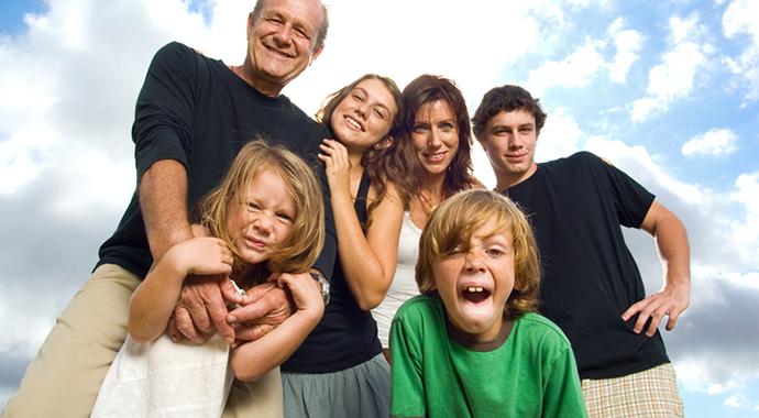 Когда общение с родственниками лучше ограничить
