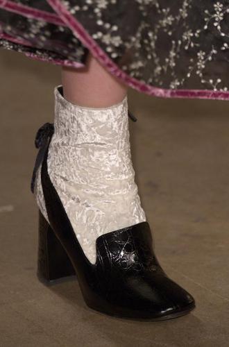Фото №40 - Самая модная обувь сезона осень-зима 16/17, часть 2