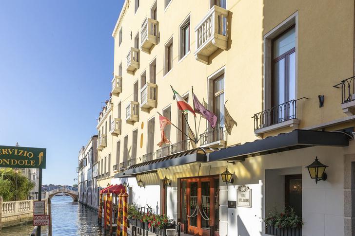 Фото №1 - Baglioni Hotel Luna в Венеции открылся после реконструкции