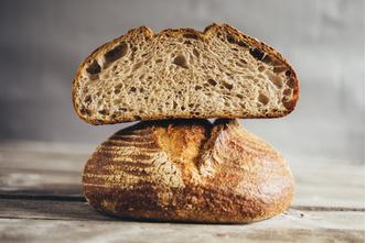 Фото №3 - Где купить свежий и вкусный хлеб в Москве? Отправляйтесь в новое кафе Valiko на Патриарших