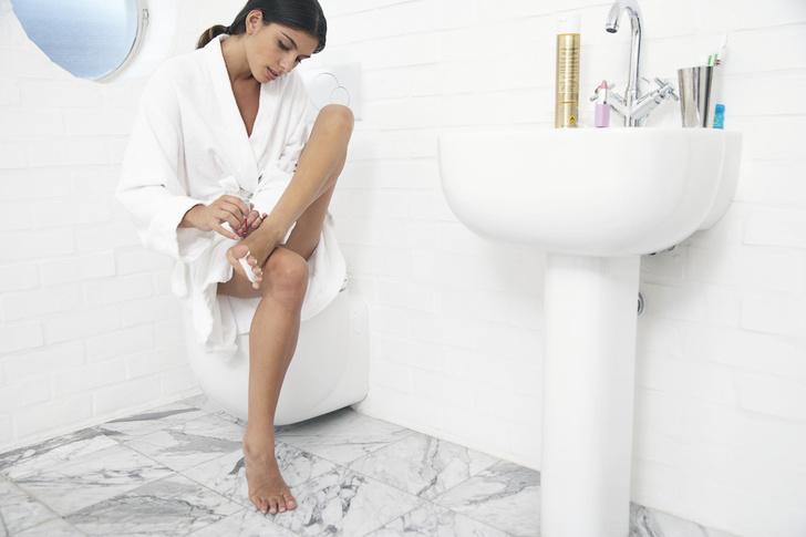 Фото №2 - Как почистить пятки в домашних условиях: 11 проверенных рецептов