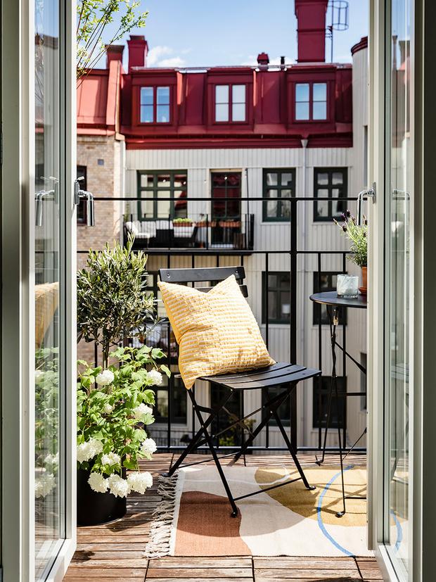 Фото №14 - Маленький балкон: полезные советы по оформлению
