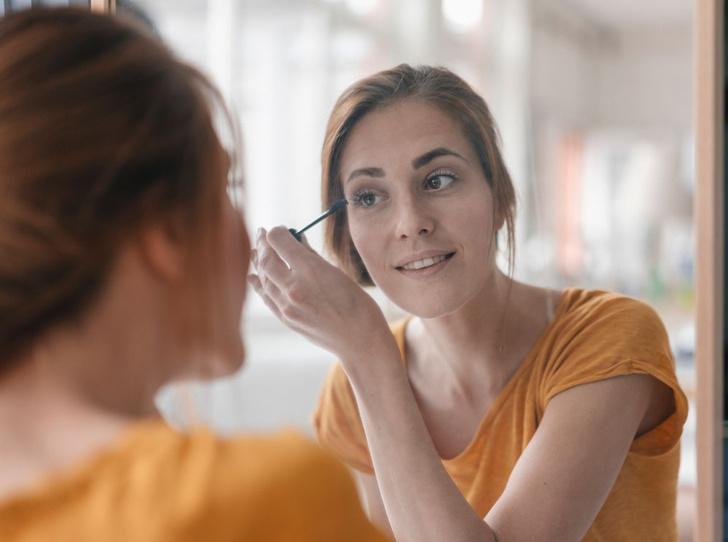 Фото №2 - Секреты макияжа: как выглядеть моложе