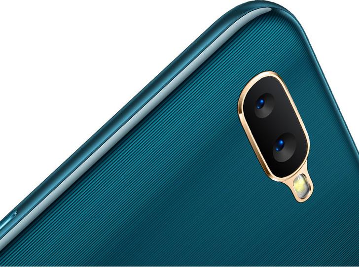 Фото №8 - Смартфон, который не подводит: новый OPPO AX7