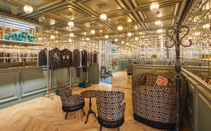 Фото №5 - Новый флагманский бутик Gucci в Сеуле