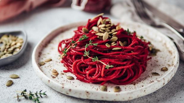 Фото №1 - Пьяная паста: рецепт спагетти в красном вине