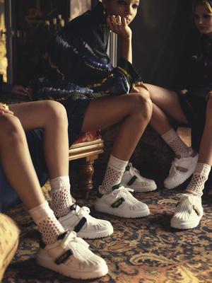 Фото №2 - В стиле ретро: как выглядят новые кроссовки Dior