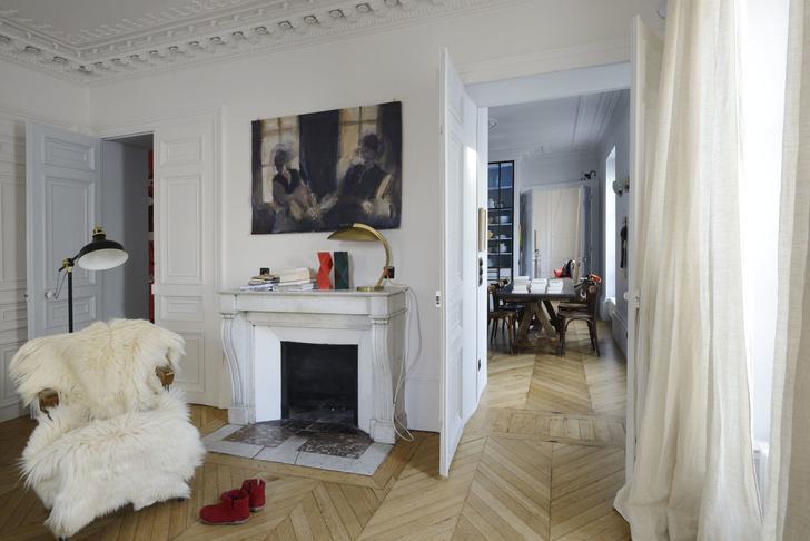 Фото №1 - Парижская квартира для творческой пары с двумя детьми