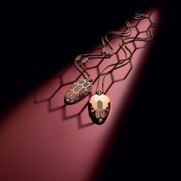 Фото №7 - Глаза змеи: новая ювелирная коллекция Bulgari