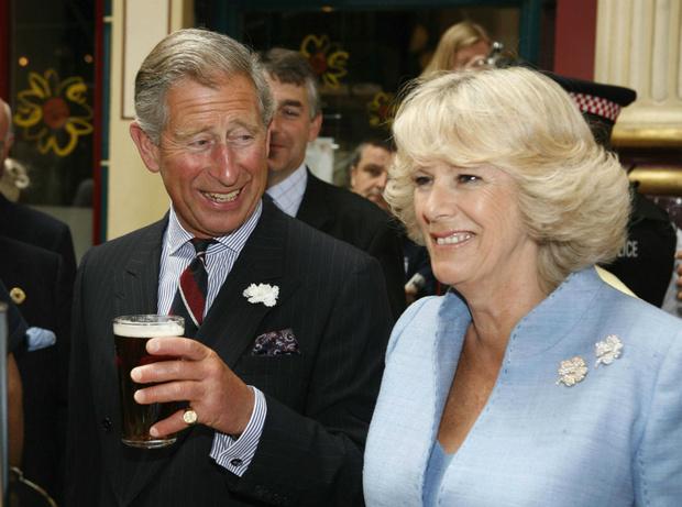 Фото №4 - Почему герцогиня Камилла не любит путешествовать с принцем Чарльзом