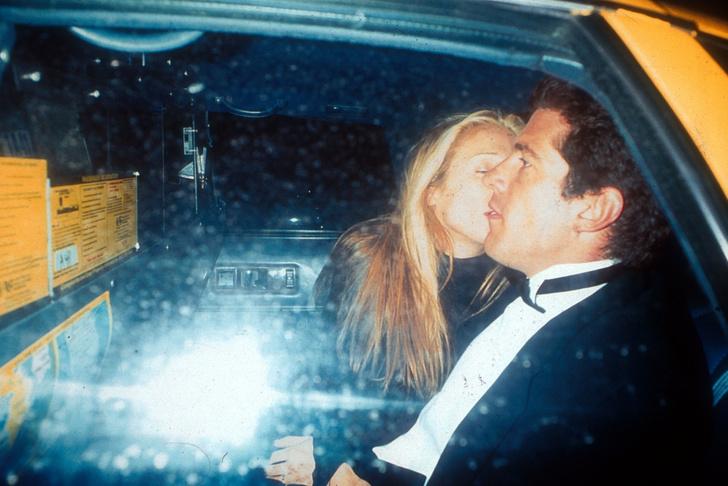 Фото №6 - Проклятые: все о лавстори Джона Кеннеди-младшего и Каролин Биссет, или как самая красивая пара девяностых сгинула в пучине обманов и измен