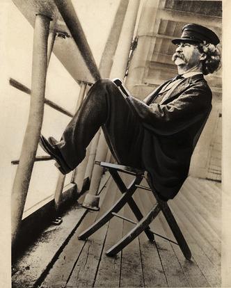 Марк Твен путешествует по Миссисипи, 1890-е